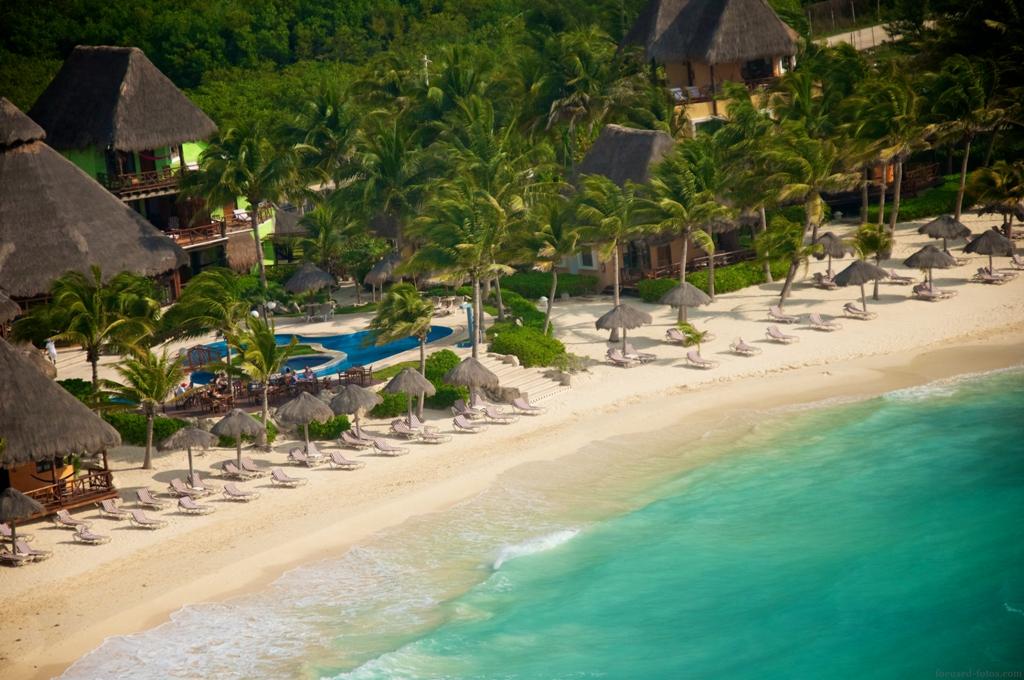 Karibikstrand am Mahékal Beach Resort