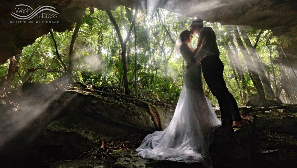 Hochzeit in Mexiko an einer Cenote